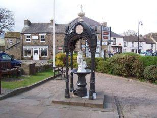 Bainbridge Memorial Fountain Creative Commons License, Malcolm Tebbit