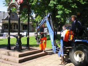 Anderson Memorial Drinking Fountain Putto being placed after restoration Used with permission historylinks.org.uk