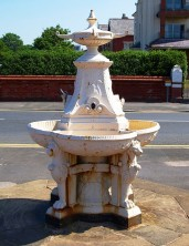 Fountain on St. Anne's Promenade Used with permission, Tony Worral. Source: http://www.flickr.com/photos/tonyworrall/2539104855/
