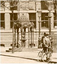 1912 image. Source:http://cardiffparks.org.uk/fountains/samuel/thehayes.shtml