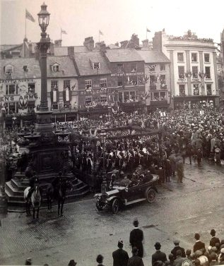 Market Square Fountain 1913 Source: Northants Family History