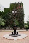 Plaza de Cataluña Fountain Source: Bienvenue Voyaguer