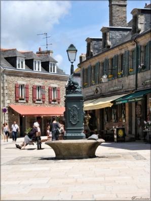 Crocodile Fountain Source: Photos France Cote Ouest