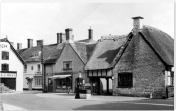 Circa 1960. Used with permission. Source: https://www.francisfrith.com/search?q=sturminster