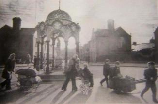 Original canopy Source: Facebook/Growing up in the Liberties