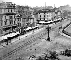 Circa 1860. Used with permission. Source: http://www.edinphoto.org.uk/0_street_p/0_street_views_-_princes_street_looking_east_-_0_from_scott_monument.htm Submitted by Richard Torrance