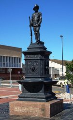 Photographer, Ronnie Lovemore. Source: http://allatsea.co.za/blog/the-uitenhage-anglo-boer-war-memorial/