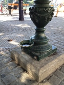 Source: https://siriustraveler.wordpress.com/2012/09/19/the-dogs-go-to-basel-switzerland/