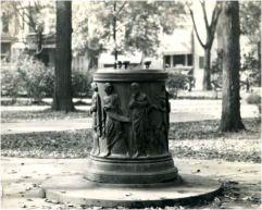 1920 image. Source: http://quod.lib.umich.edu/b/bhl/x-bl004496/BL004496?lasttype=boolean;lastview=thumbnail;resnum=3;size=20;sort=bhl_su;start=1;subview=detail;view=entry;xc=1;rgn1=bhl_su;q1=Fountains--Michigan--Ann%2520Arbor