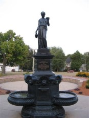 Source: http://www.waymarking.com/waymarks/WM2FD8_Snider_Fountain_Wisconsin_Dells_Wisconsin
