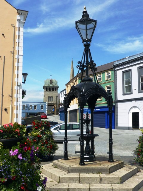 Replica installed in 1991. Source: http://www.sy-tongji.de/2014/6/carrickfergus/carrickfergus.html