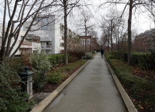 Source: http://www.thedangergarden.com/2018/04/walking-coulee-verte-rene-dumont-aka.html